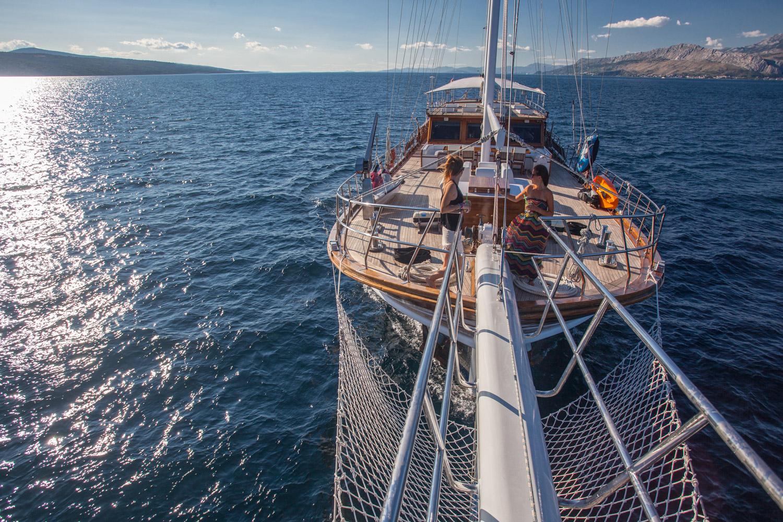 Mediterranean Yacht Charter Amp Superyacht News