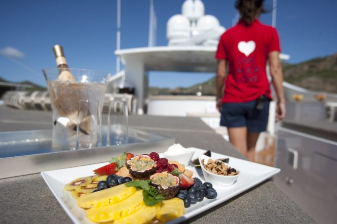 OCEAN CLUB - fresh personalised menu on crewed yacht charter