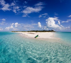 M/Y COMPANIONSHIP offers 10% Discount on Yacht Charters in the Bahamas