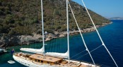 Charter sailing yacht ZanZiba, a modern gulet with classic charm, in the Mediterranean