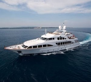 Overview On Yacht WILD THYME