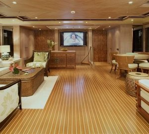 Sky-lounge Aboard Yacht PERLE BLEUE