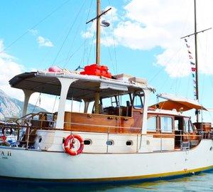 Luxury yacht ROTA II - Feadship classic yacht