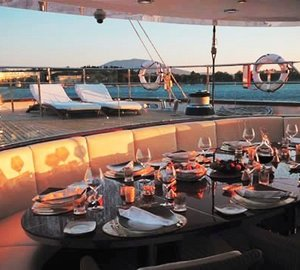 Parsifal III - Covered Outdoor Dining