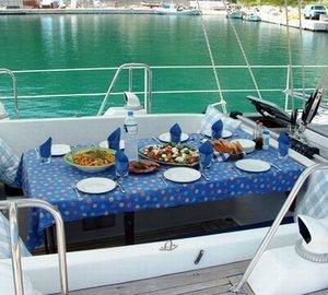 Yacht VIKING GIRL II -  Cockpit Al Fresco Dining