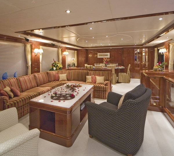 Yacht NANOU By Benetti   Salon