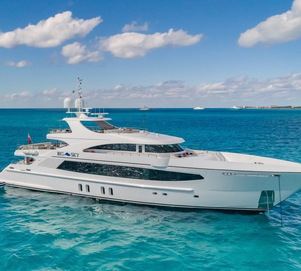 Bahamas Yacht Charter Luxury Complete 2019 20 Guide By Charterworld