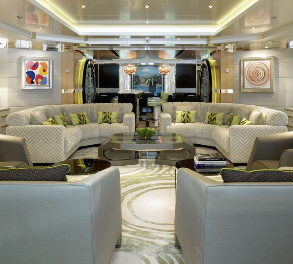 Main salon image gallery luxury yacht browser by for 2eme main salon complet