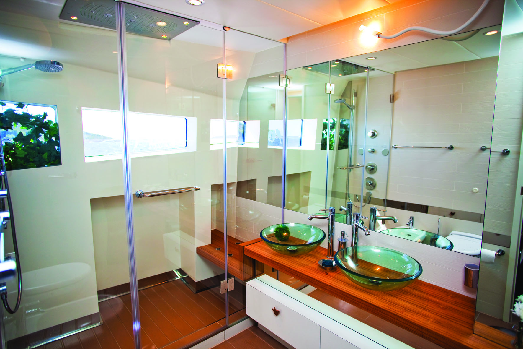 Motor Yacht JoyMe Nature Cabin Bathroom - Interior by Marijana Radovic