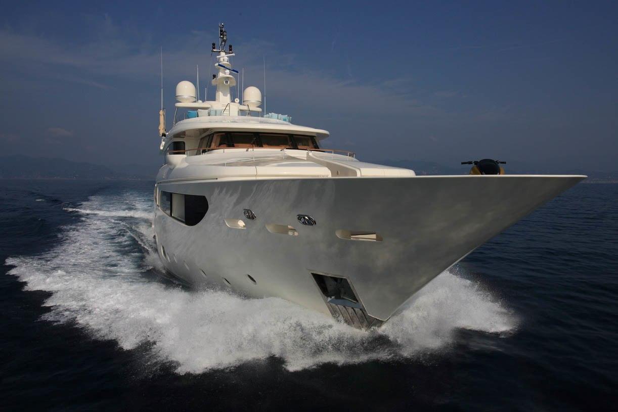 Luxury charter yacht HANA