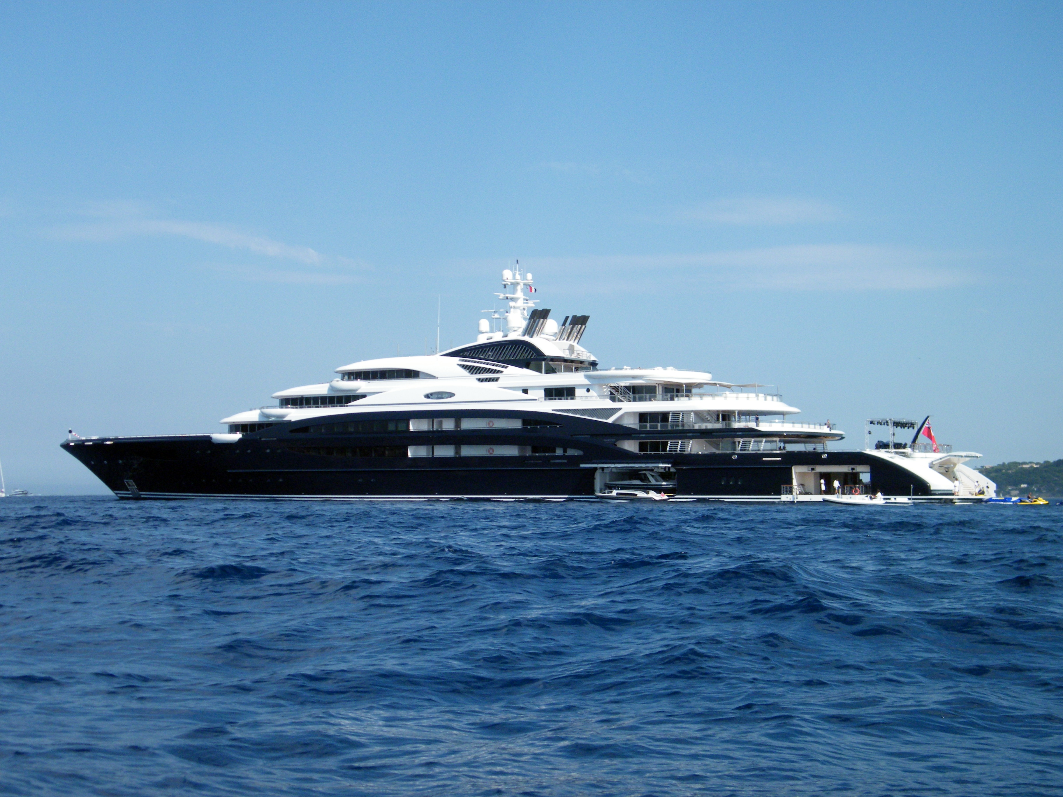 134m SERENE yacht
