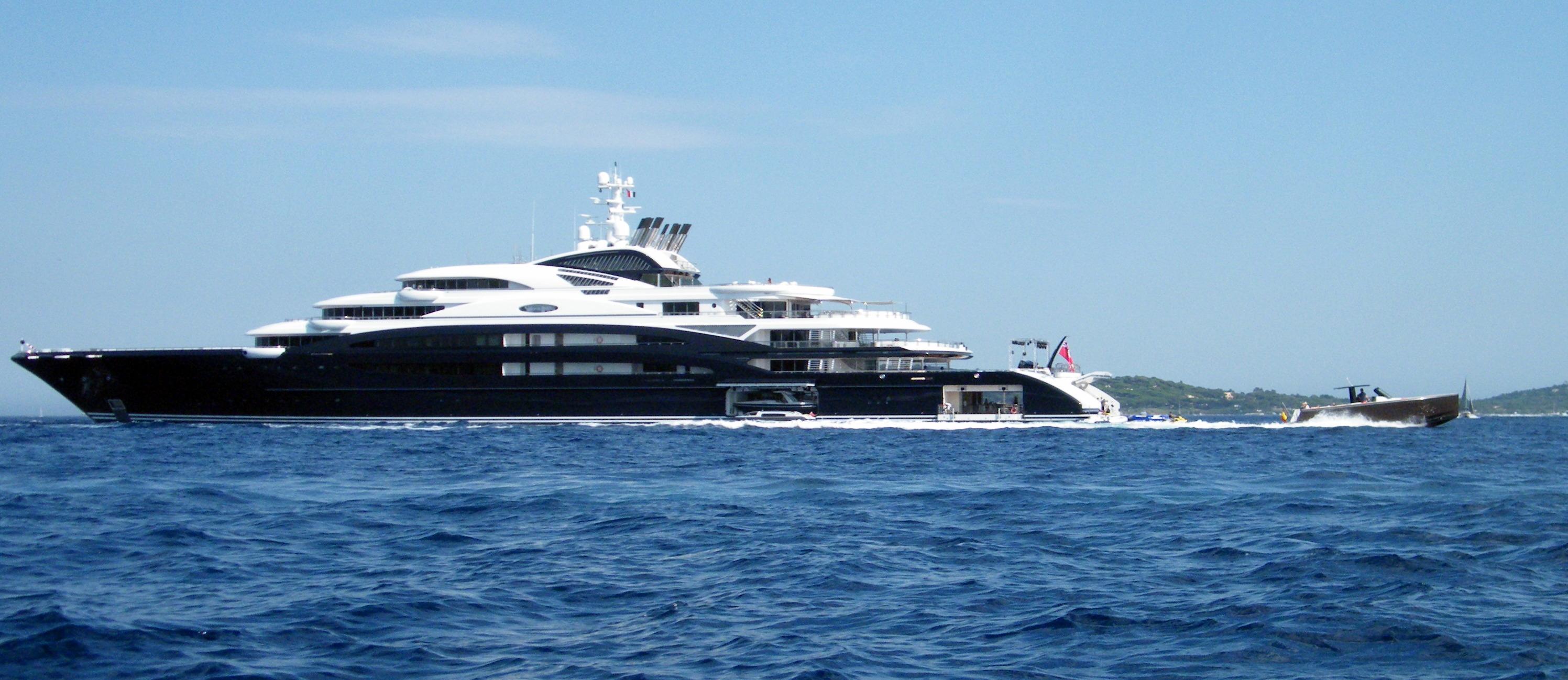 Luxury yacht Serene