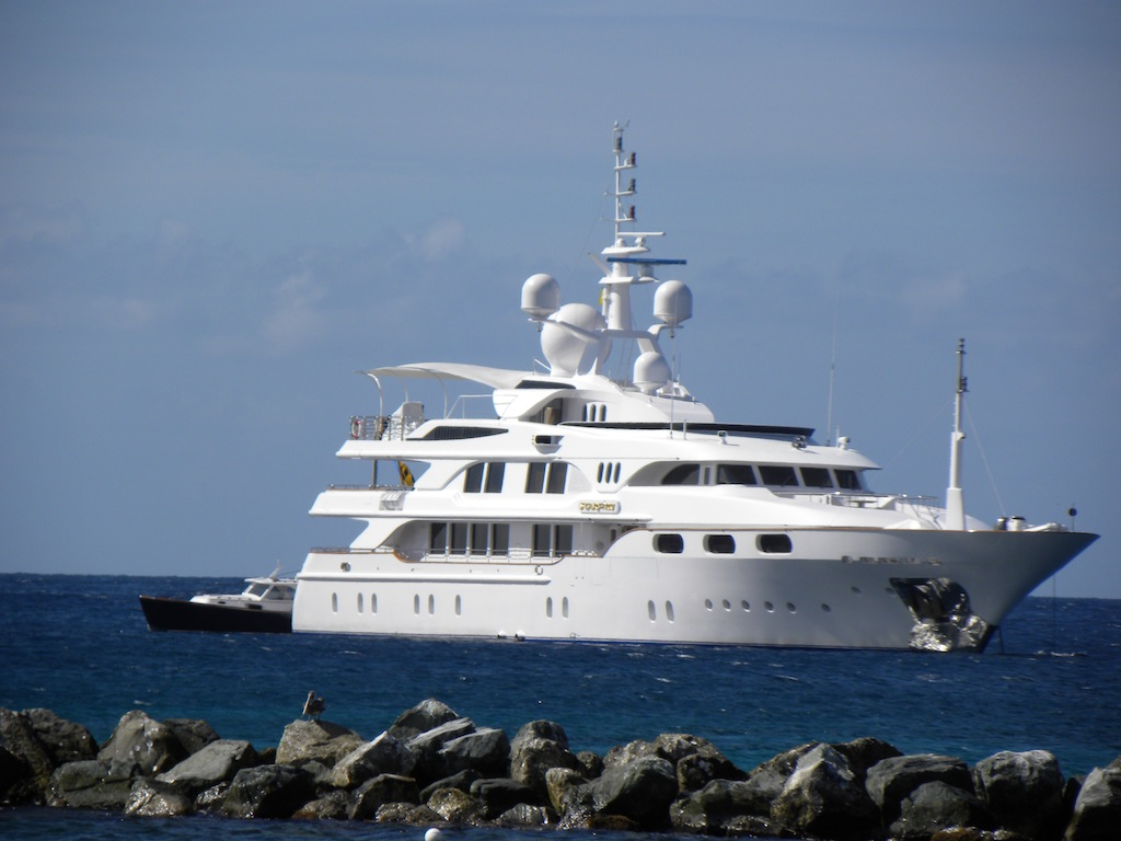 Luxury charter yacht Starfire near Nevis - Photo by Scott Henderson