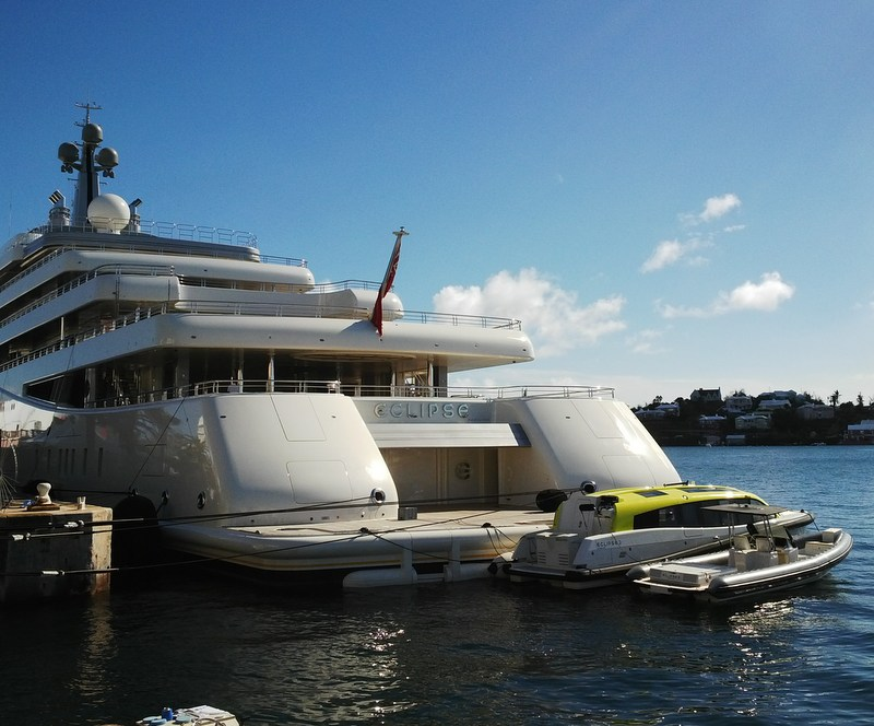 Luxury motor yacht Eclipse - aft view