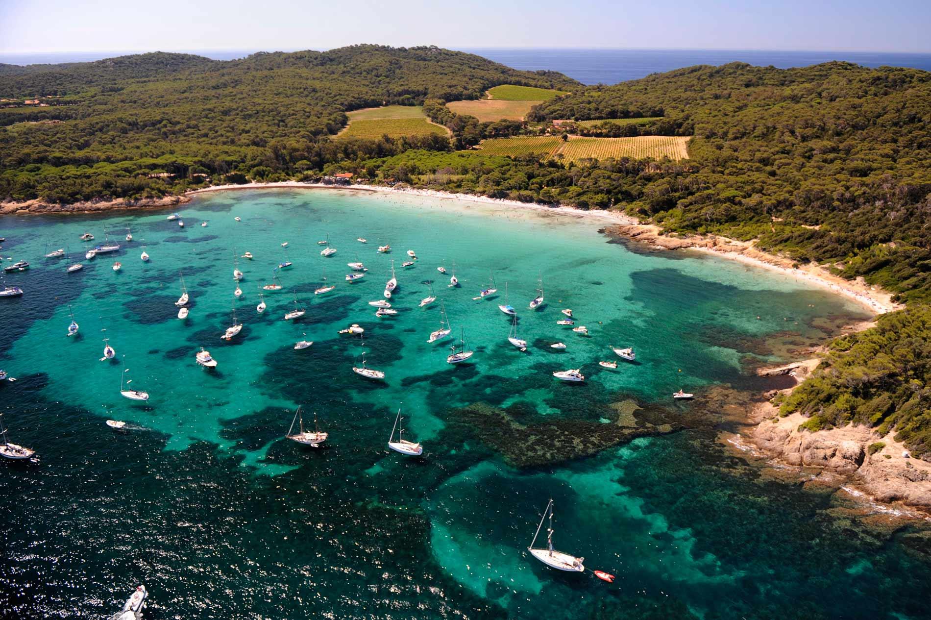Isles d 39 hyeres yacht charters france the complete 2018 - Office du tourisme ile de porquerolles ...