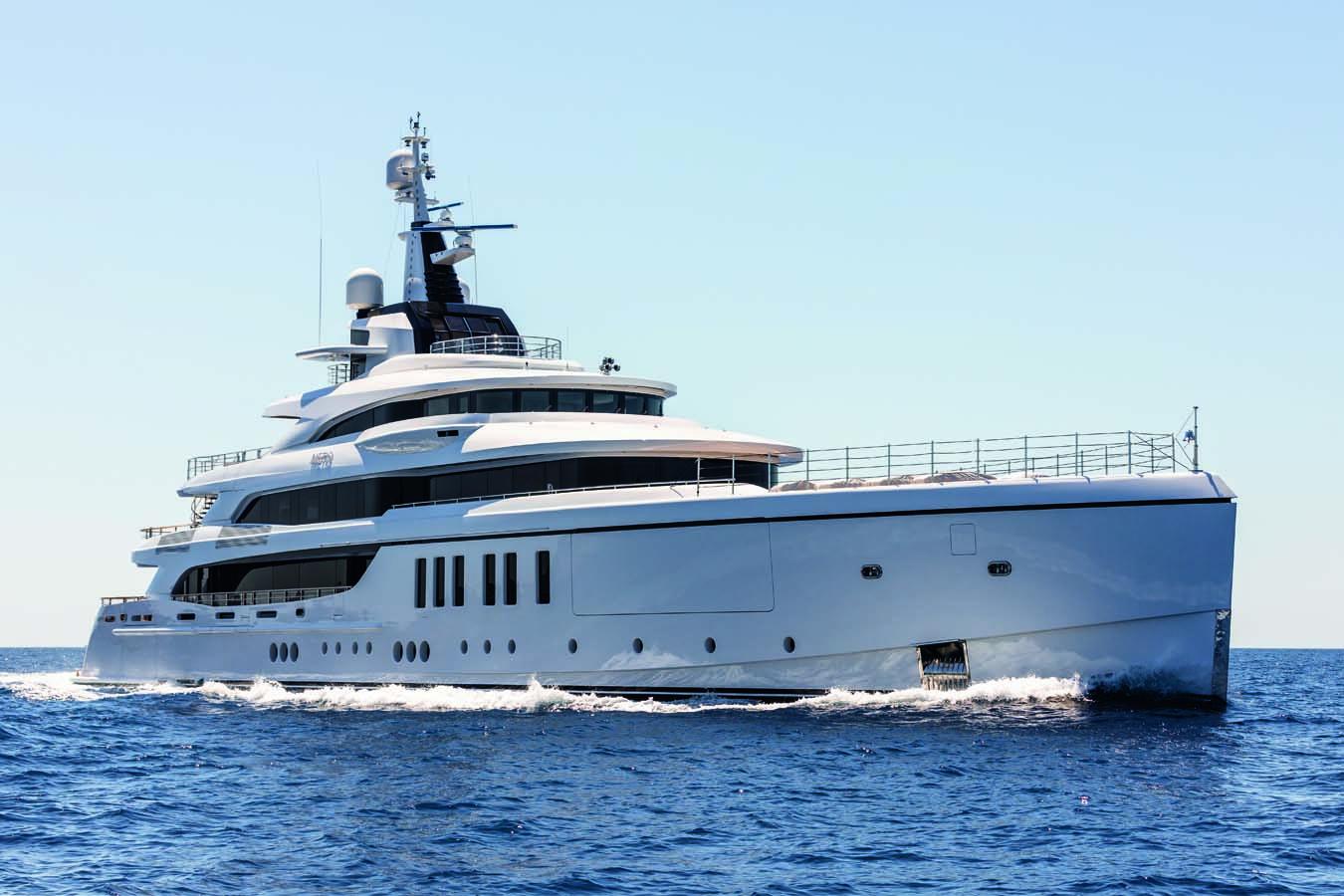 Critique du yacht de luxe: Le Super yacht METIS de Benetti