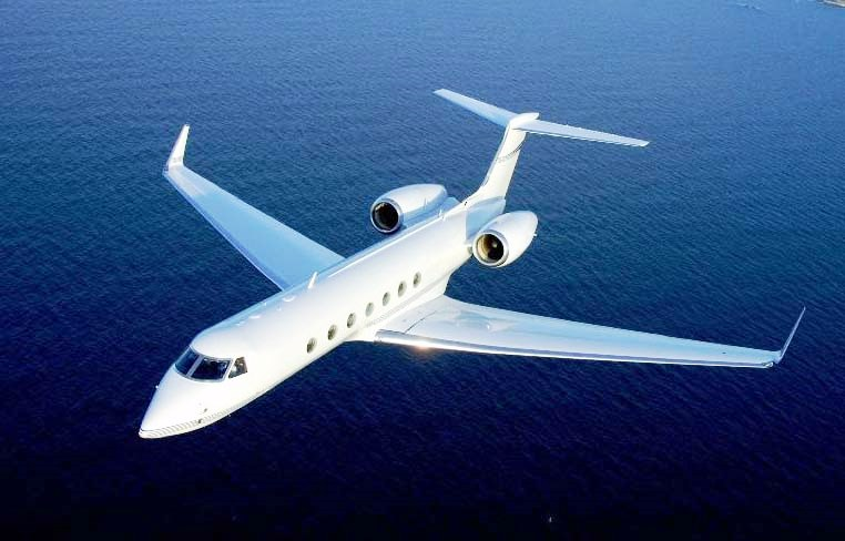 Private Jetting To A Superyacht Charter Charterworld Luxury Yacht Charters