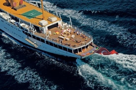 Helicopter Pad With Sun Deck: Yacht SAVARONA's Aft Captured