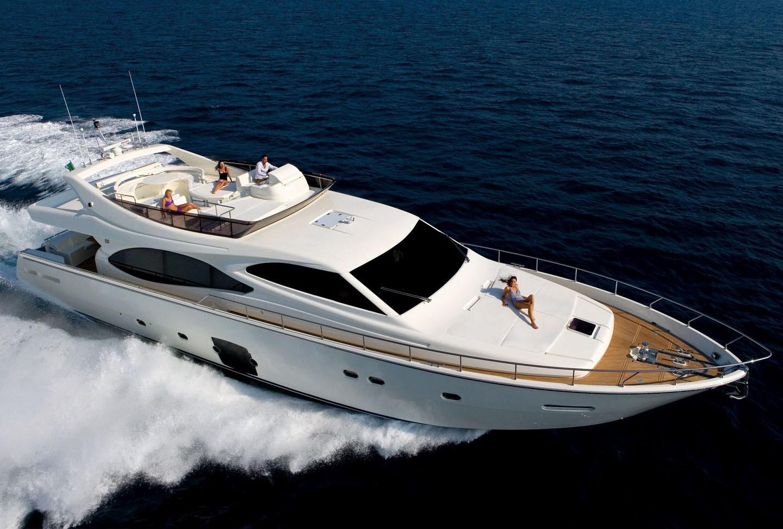 The 24m Yacht LAVITALEBELA