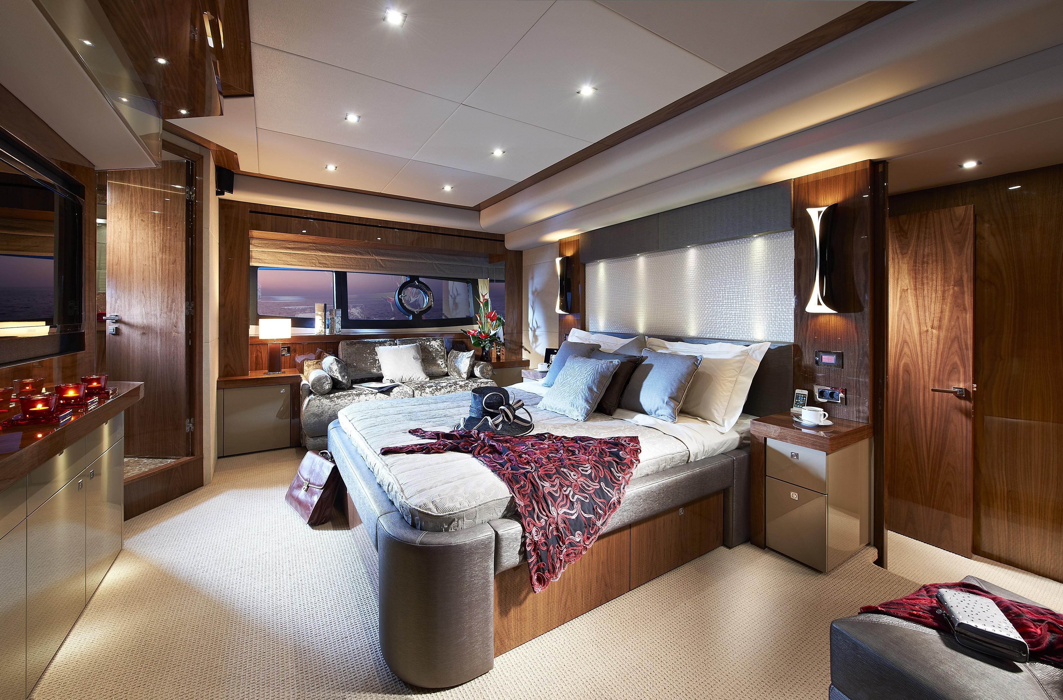 The 28m Yacht AQUA LIBRA