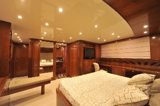 The 29m Yacht MRS WHITE