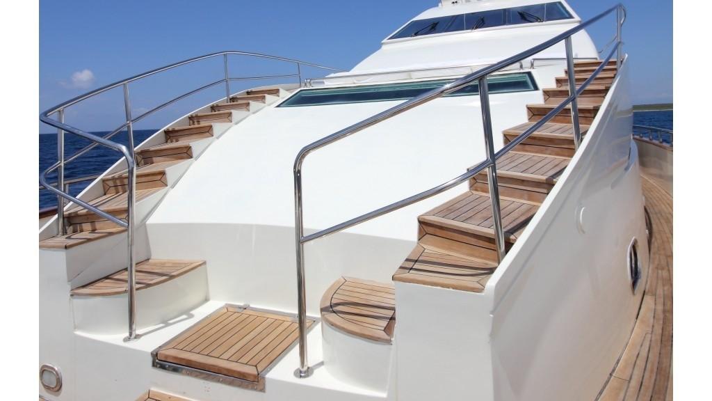 The 32m Yacht DREAM YACHT
