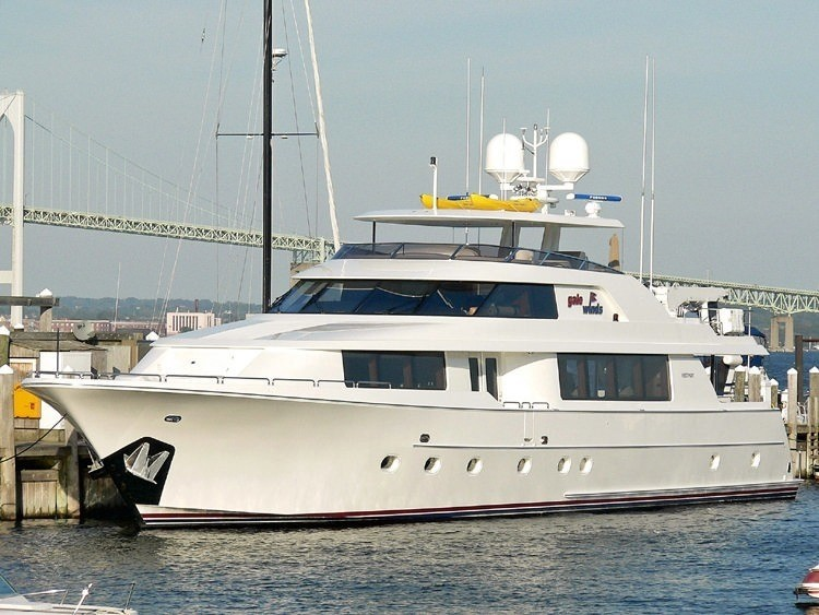 The 34m Yacht DREAM WEAVER