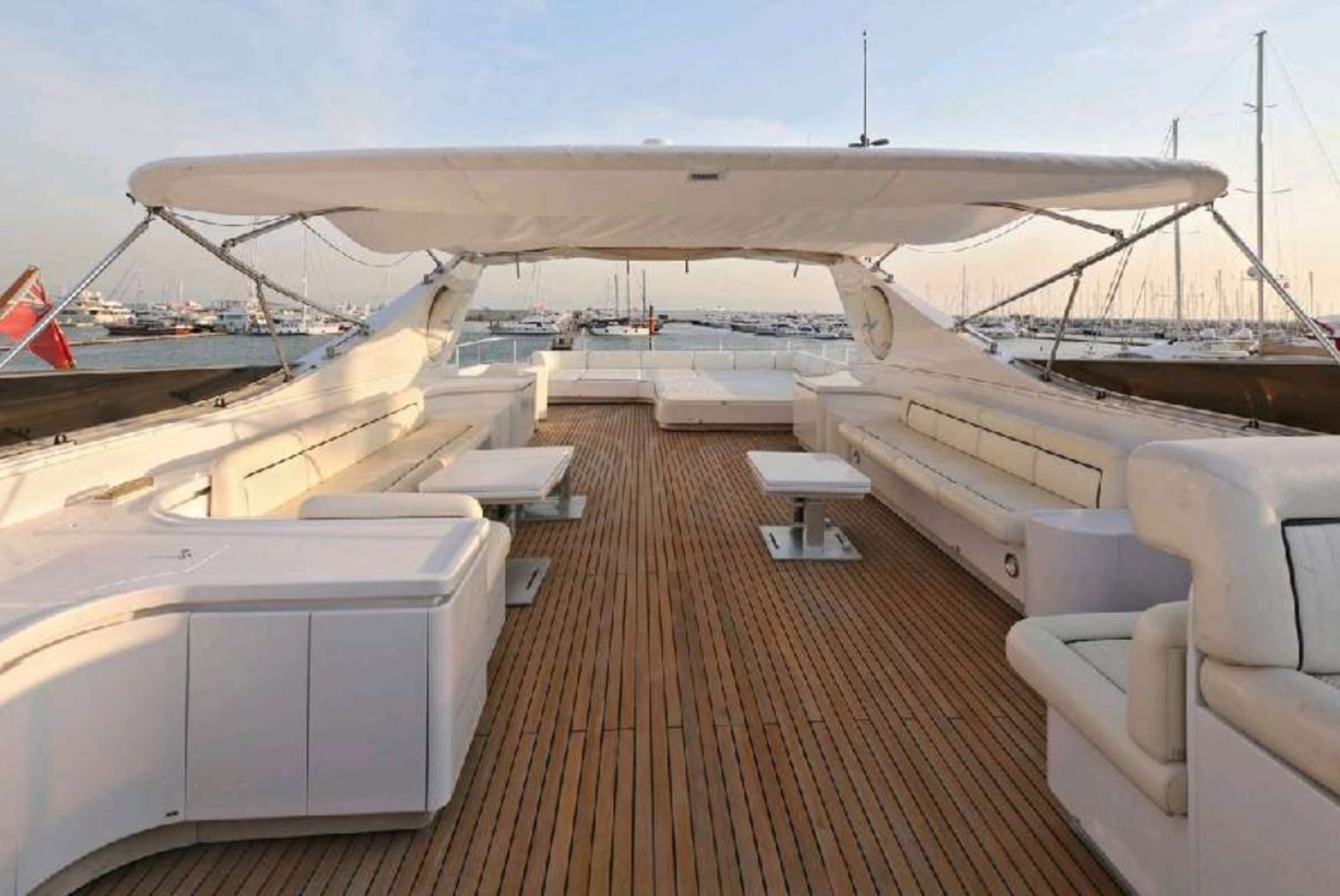 The 34m Yacht SUMMER DREAMS