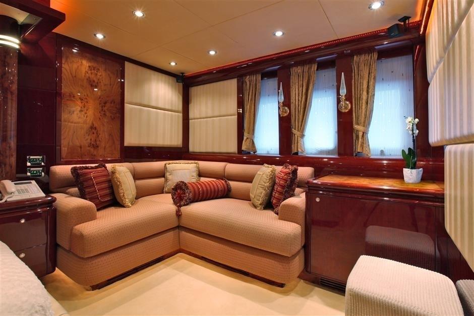 The 35m Yacht MELANYA