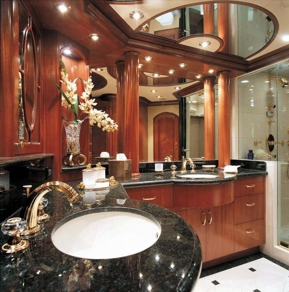 Main Master Bathroom On Yacht IMPETUOUS