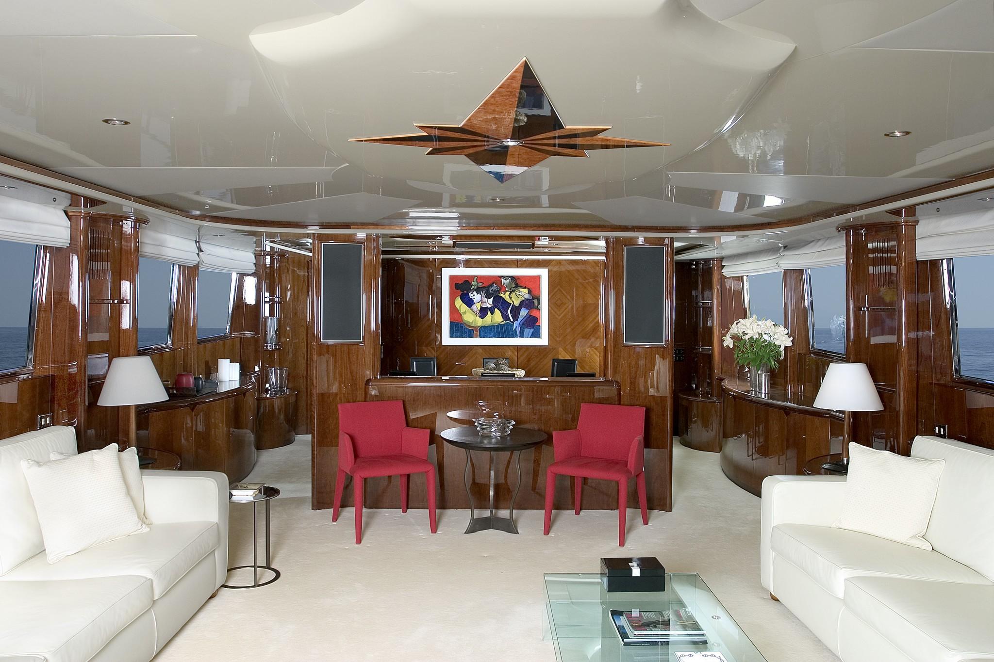 Premier Saloon On Board Yacht LET IT BE