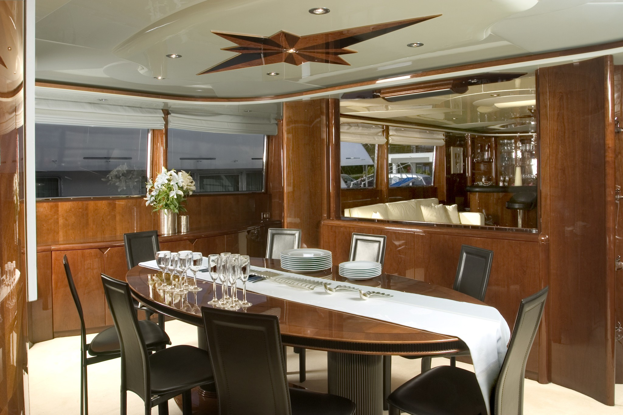 Eating/dining Saloon Aboard Yacht LET IT BE