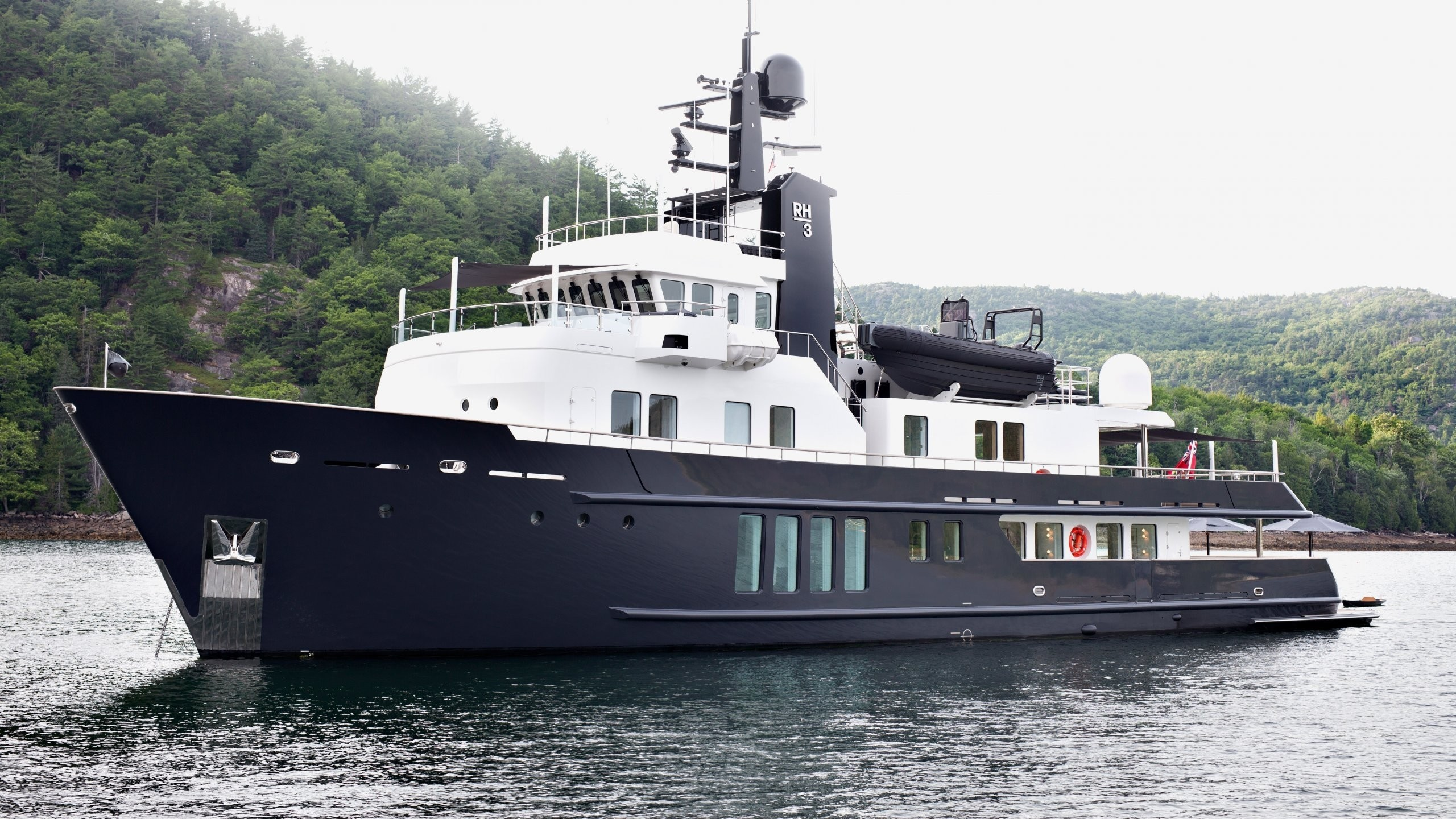 The 36m Yacht RH III