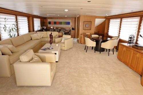 Premier Saloon On Yacht SILENT WORLD II