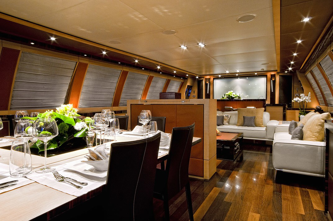 Eating/dining With Saloon On Board Yacht VANQUISH