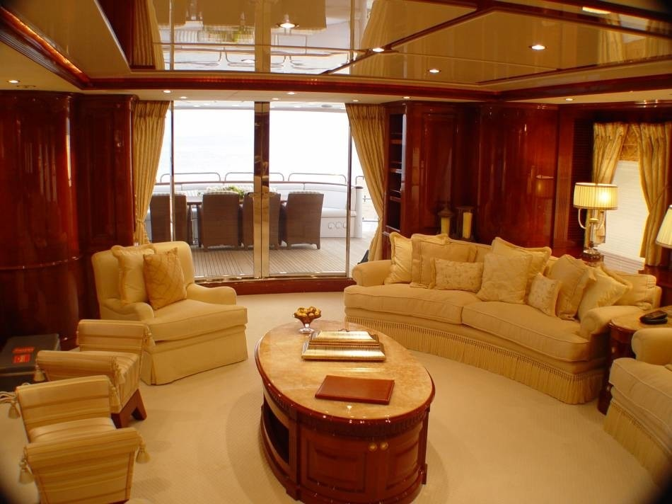 Saloon Aboard Yacht WILD THYME