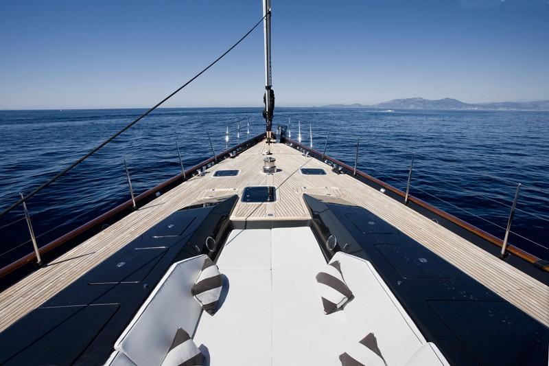 Life Aboard Yacht MOONBIRD