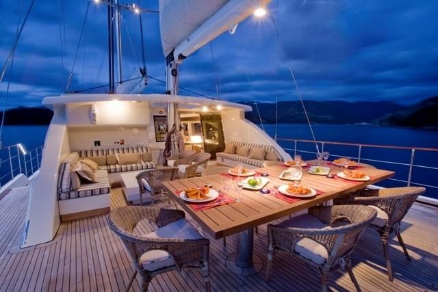 The 37m Yacht SAILING NOUR