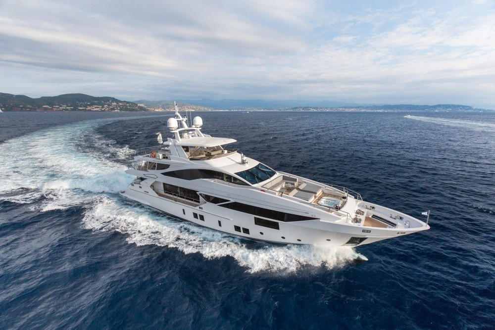 The 38m Yacht IRON MAN