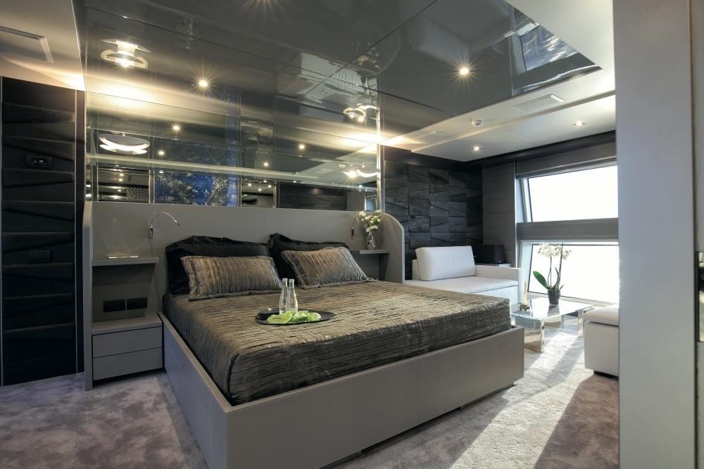 The 38m Yacht IRON MAN