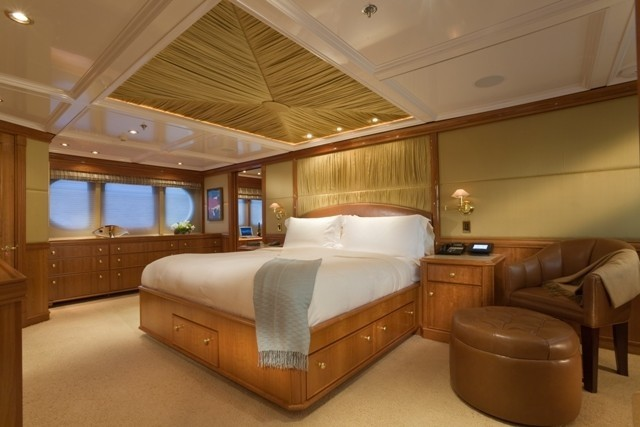Main Master Cabin On Yacht MILK AND HONEY
