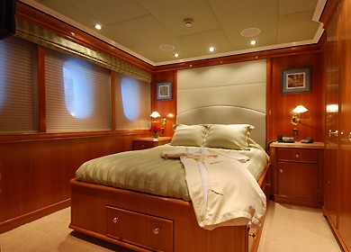 Guest's Cabin On Yacht MILK AND HONEY