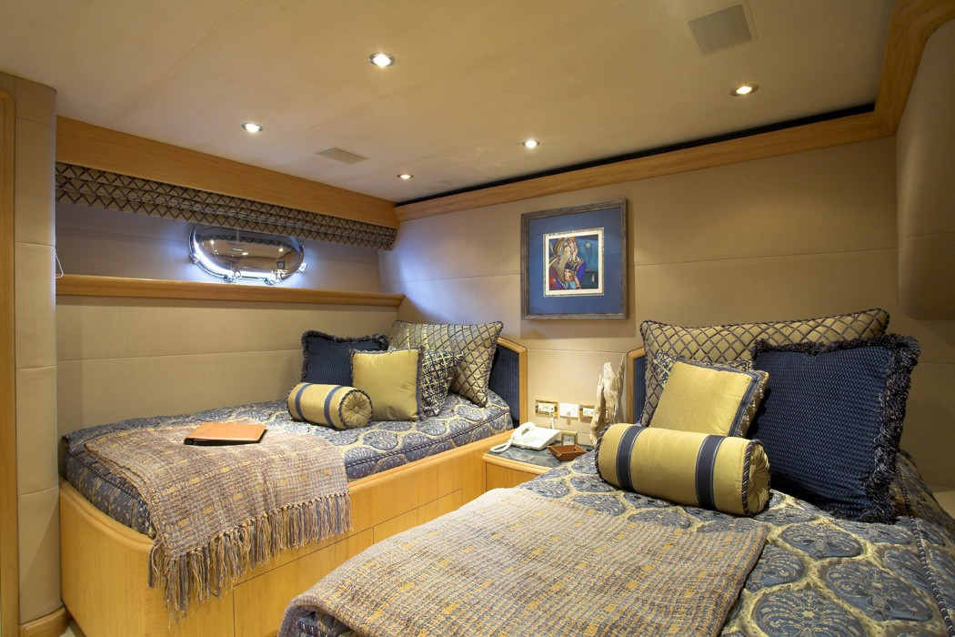 Twin Bed Cabin Aboard Yacht NAMOH