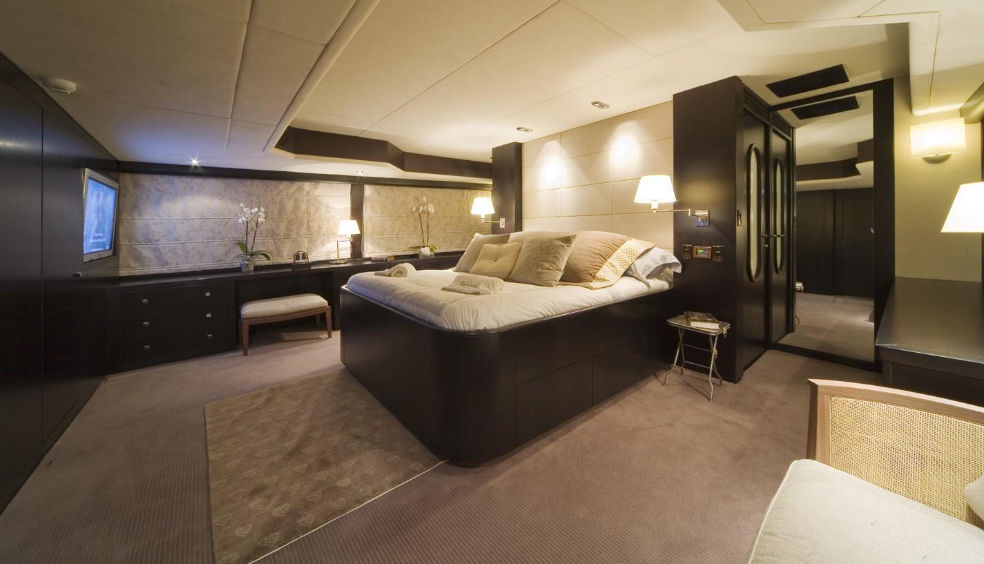 Main Master Cabin Aboard Yacht SENSEI