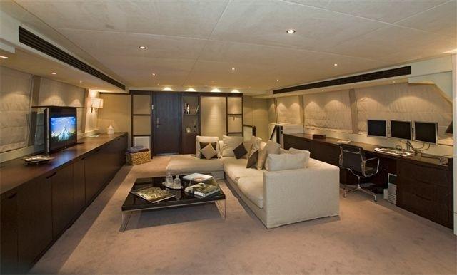 Top Saloon On Yacht SENSEI