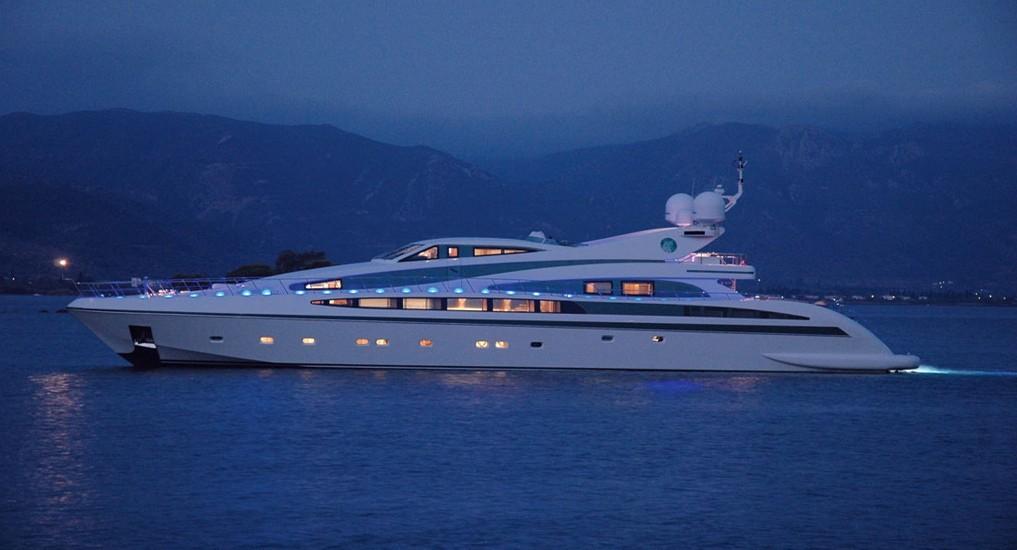 The 40m Yacht ALFA XII