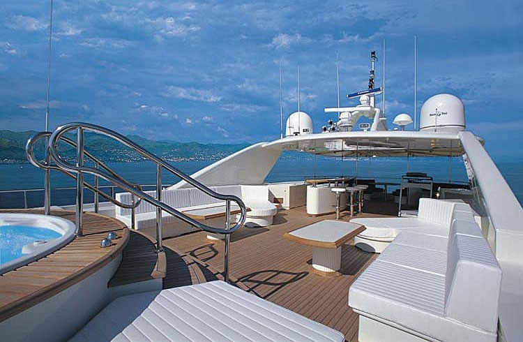 The 40m Yacht BLUE BREEZE