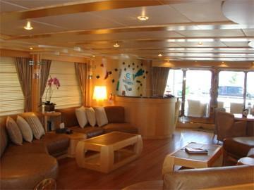Saloon On Yacht BLUE BREEZE