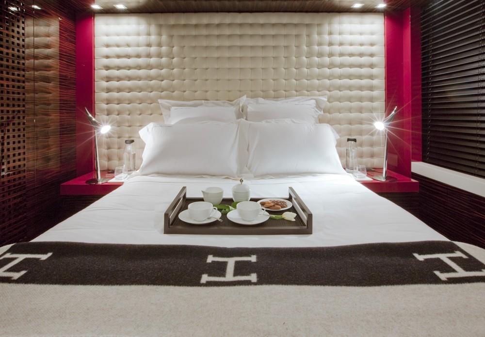 Double Sized Cabin Aft On Yacht SIERRA ROMEO