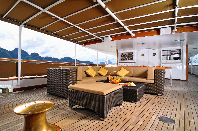 Bridgedeck Deck External Lounge On Yacht CALISTO
